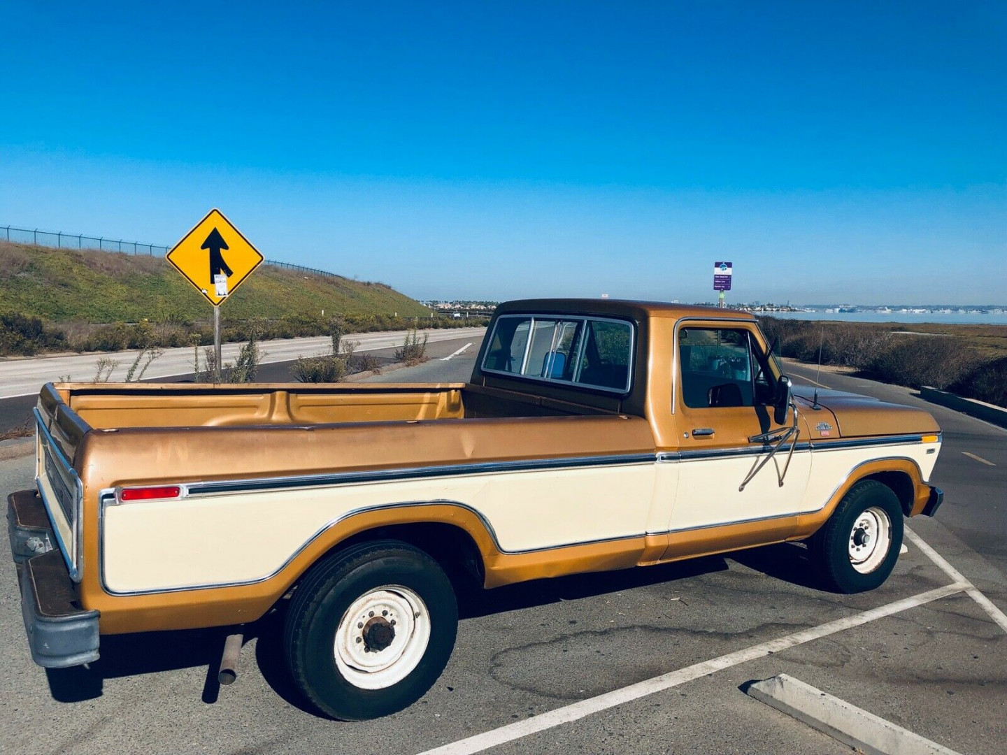 1979 Ford F-250 XLT Ranger Camper Special - MBB Collection