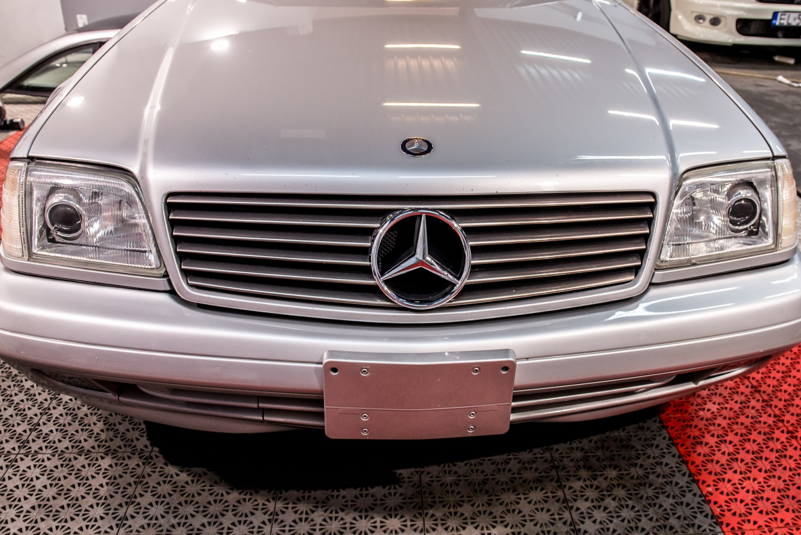 Mercedes 500SL, Panoramic hardtop, 1999, 105.000 mil on odometer - MBB Collection