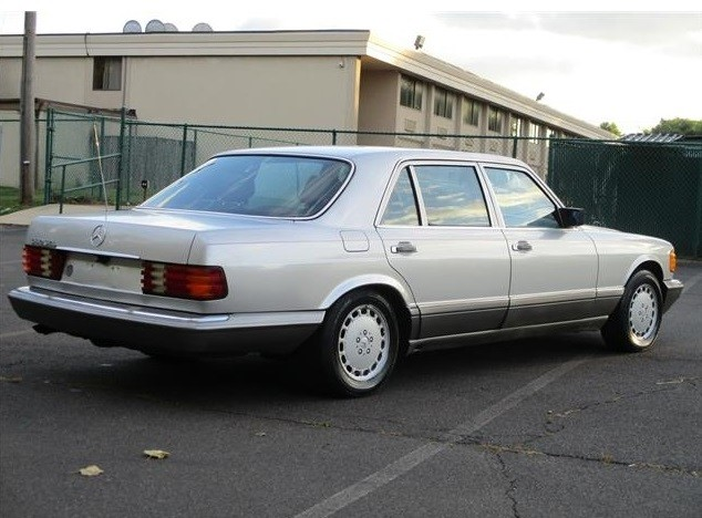 Mercedes 560SEL 1985 - MBB Collection