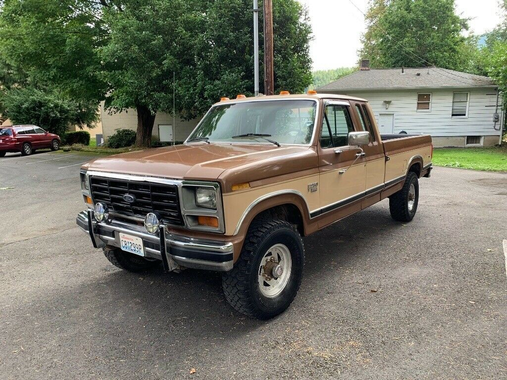 Ford F-250 1986 4x4 Diesel 6.9 v8 ExCab - MBB Collection